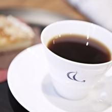 青山にミカフェート開業! コーヒーを味わう空間に菓道家によるスイーツ登場