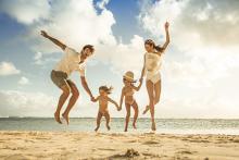 11歳まで子供はタダ!石垣島、バリ、プーケット…憧れのビーチリゾートへお得に!