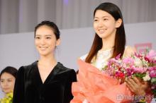 「美しい20代コンテスト」グランプリは空手美女 武井咲も「圧倒されています」と美貌絶賛