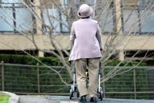 高齢男性の一人暮らし うつ状態になる割合は17.7%