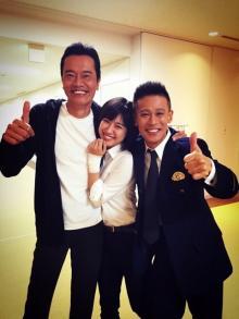 瀧本美織が『てっぱん』共演の遠藤憲一&柳沢慎吾と3ショット