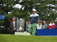 <速報>日本プロゴルフシニア3日目はサスペンデッド、P・マークセンがトップを快走