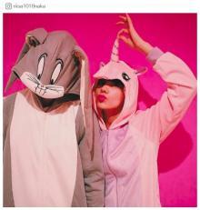 仲里依紗&中尾明慶着ぐるみ2ショットでバースデー「素敵夫婦」「おちゃめで可愛い」の声続々