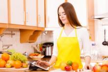 これ便利!家に眠っている「古いタブレット端末」をキッチンで活用する技3つ
