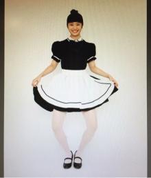 アンジュルム相川茉穂のガニ股メイド服姿に「綺麗な姿勢」評