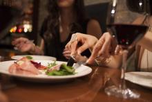 断りづらい…!働き女子の「外食でおデブ化」を防ぐ裏ワザ5つ