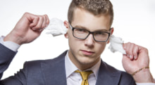 耳掃除にはデメリットばかり! 耳掃除をあえてしない選択