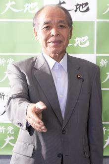 鈴木宗男が伝授する勝てる握手とは? 「握手をすれば何票入るかわかる」