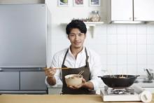 K-1王者が「鍋フェス」参戦!豚串丸ごと1本入れたチーズミルキー鍋の旨さは想像を超える!?