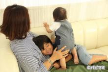 肩身が狭すぎ!? 高齢出産ママが悩む年の差ギャップ体験談3選