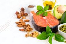 飲み会が増える年末年始に!「コレステロール値を調整する」食品7選