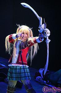 アニソン界の歌姫・黒崎真音が3Dミュージカル『閃の軌跡』で熱演