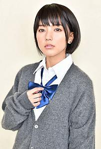 真野恵里菜、映画『覆面系ノイズ』出演決定 制服姿も披露し「久しぶりに学生に戻った気分」