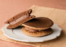 糖質を88%カットしたチョコ生クリームどら焼き発売