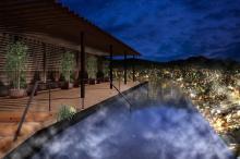 世界新三大夜景を一望!長崎に絶景きらめく温泉宿がオープン