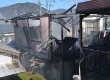 住宅火災で2人死亡=父娘と連絡取れず-静岡・焼津