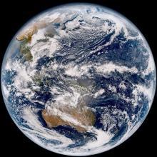 ひまわり9号で地球撮影=画像初公開、3月から予備機