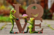 「愛妻の日」調査、愛妻家レベルが高いのは感謝や愛情を言葉で示すこと