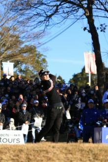 <速報>JGTOチームが首位快走 PGAが2位、LPGAが3位で後半戦へ