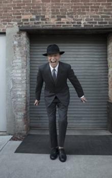 デヴィッド・ボウイ、第59回グラミー賞にて最多5部門を受賞!