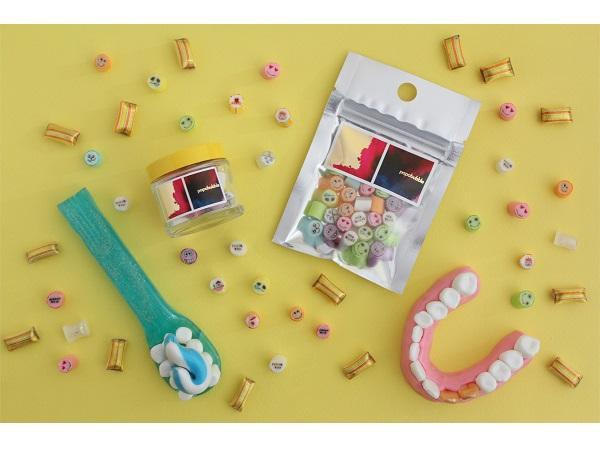 ホワイトデーはユニークに!食べられる入れ歯キャンディ