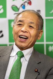 癌と戦った鈴木宗男氏「北方領土問題前進させずに死ねるか」
