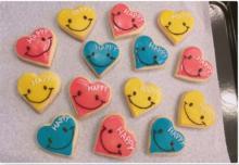 辻希美 アイシングクッキーに初挑戦「色味が奇抜な色に…」