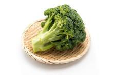 捨てるか迷う茎の部分…!「ブロッコリー」を無駄なく食べる調理法