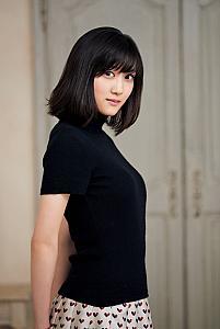 乃木坂46 3期生・山下美月が『スピリッツ』で初表紙&巻頭グラビア