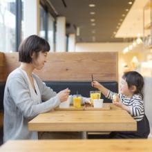 Soup Stock Tokyoのママ向け店舗がオープン--無料離乳食やキッズスペースも
