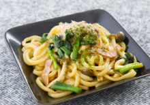 これはウマい!「ゆでうどん」「冷凍うどん」を使った簡単×美味しいレシピ~焼きうどん編