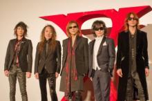 YOSHIKI、映画『WE ARE X』舞台挨拶で感極まり涙!