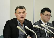 道警は「違法な捜査やめて」=ロシア人男性、再審初公判後に会見