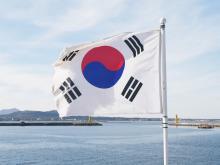自滅に向かう韓国。対馬海峡が防衛ラインになる日【評論家・江崎道朗】