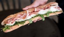 気になる!モッツァレラチーズのサンドイッチ専門店「Mmmozza(ンーモッツァ)」、原宿に日本初上陸