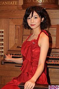 入来茉里、舞台『黒薔薇アリス』でヒロイン・アリス/アニエスカ役に「自分らしさよりも原作ファンの期待に応えることを」