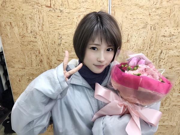 川栄李奈、ヒロイン役で見せたショートカットが可愛すぎる!関西弁とのコンボに「癒やしの極み」の声