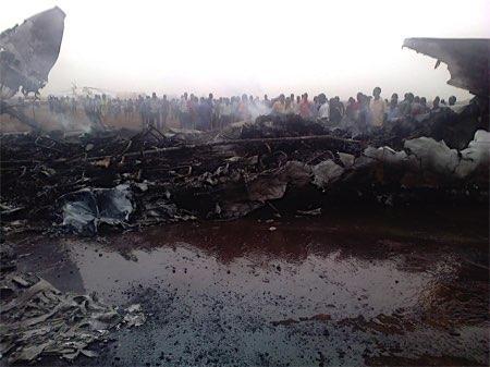 南スーダンで旅客機着陸失敗