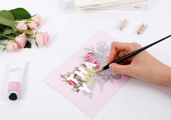 ラゴデザイン、アートの削る技法で完成させられる「スクラッチメッセージポストカード」を発売