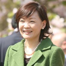疑惑後もイベントに顔を出す昭恵夫人 姑・洋子さんもショック