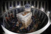 修復終えた「キリストの墓」
