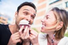 夫婦円満の証拠? 幸せ太りの原因と解消法