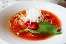 真っ赤なスープの「アセロララーメン」って美味しいの!? こだわりまくり、行列必至の一杯を実食!