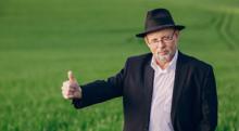 帽子を被り続けるのはハゲを防ぐ or 加速させる…どっちでしょう?