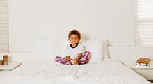下の子が産まれ夜泣きが増えた3歳、これは赤ちゃん返り?