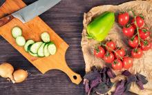 プロはまな板は3種類が常識! 料理上手になれる方法とは?