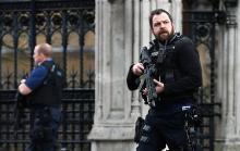 議会への脅威に動揺=「反移民」拍車も-英テロ