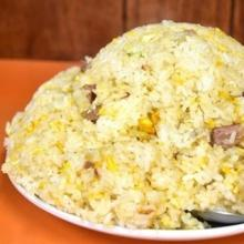 米5合のデカ盛りチャーハン! 荒川区にある中華料理「光栄軒」にやってきた