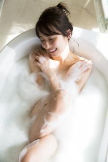 乃木坂46写真集、次はきれいなお姉さん衛藤美彩 入浴ショットなど大人の色気解禁