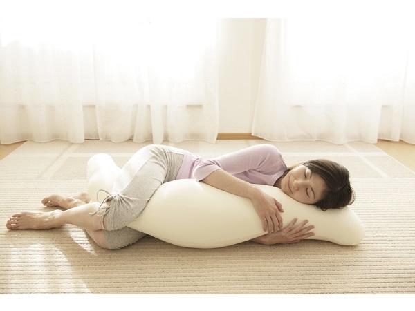 先着50個は半額!王様の抱き枕に女子待望の新商品誕生
